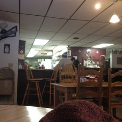 Photo taken at Wright At Home Cafe by Jessamyn W. on 1/13/2013