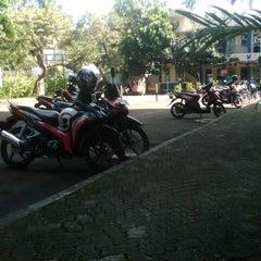 Photo taken at Institut Bisnis Nusantara (IBN) by Chairul R. on 4/15/2014