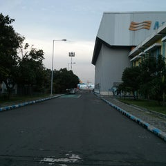 Photo taken at Merpati Maintenance Facility by Rachmatulloh Y. on 4/11/2013