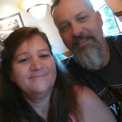 Photo taken at Olive Garden by Carleen V. on 3/8/2015