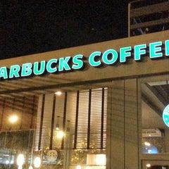 Photo taken at Starbucks by Constanza G. on 5/26/2013