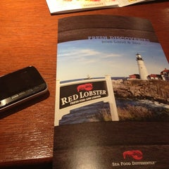 Photo taken at Red Lobster by Majdoleen A. on 7/3/2013
