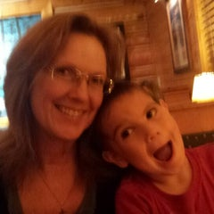 Photo taken at Tahoe Joe's Famous Steakhouse by Eeden L. on 10/19/2014