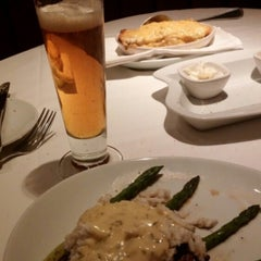 Photo taken at Fleming's Prime Steakhouse & Wine Bar by Thomas A. on 10/17/2015