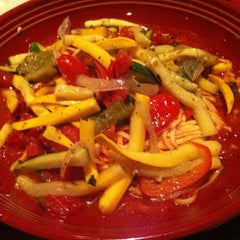 Photo taken at Carrabba's Italian Grill by Leslie C. on 7/2/2013