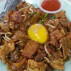 Photo taken at Vegas Restaurant by Ezan A. on 12/15/2012
