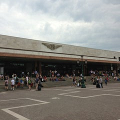 Photo taken at Stazione Venezia Santa Lucia by Uncle A. on 7/10/2013