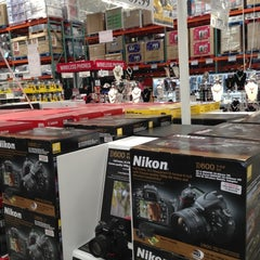 Photo taken at Costco by Alfred C. on 11/12/2012