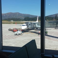 Photo taken at Aeropuerto de Vigo (VGO) by Hugo O. on 5/24/2013