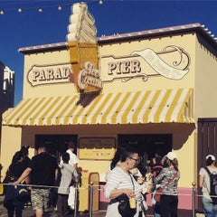 Photo taken at Paradise Pier Ice Cream Co. by Dining a. on 1/25/2015