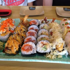 Photo taken at Oishii Japanese Restaurant & Sushi Bar by Tiffany D. on 6/1/2013