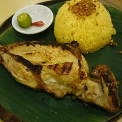 Photo taken at Bacolod Chicken Inasal by Mohammad A. on 3/14/2014