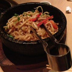 Photo taken at Gyu-Kaku Japanese BBQ by Vinh L. on 5/18/2013