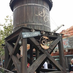 Photo taken at Radiator Springs Racers by Young Sang L. on 6/25/2013