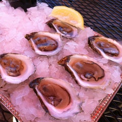 Photo taken at Pier 46 Seafood Market by Galen F. on 8/14/2013