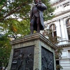 Photo taken at Benjamin Franklin Statue by Caroline O. on 10/12/2015