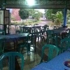 Photo taken at Plasa Mahasiswa (PLASMA) STAN by Suseno S. on 1/28/2013