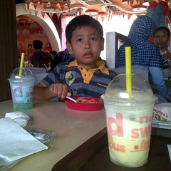 Photo taken at KFC by Teguh P. on 8/24/2014
