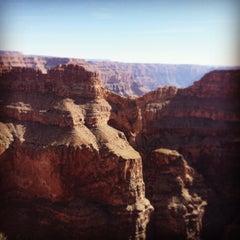 Foto tirada no(a) The Grand Canyon por Jo C. em 11/30/2014