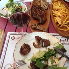 Photo taken at The Butcher Shop & Etçii Steakhouse by Neşe A. on 8/30/2014