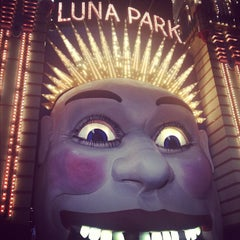 Photo taken at Luna Park by Jimmy Tuan L. on 10/19/2012