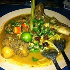 Photo taken at Restoran ZZ Sup Tulang by CikKona on 7/29/2013