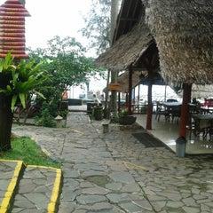 Photo taken at Restoran & Wisata Air Alam Sari by Tomi B. on 12/17/2013