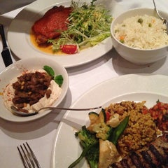Photo taken at Özer Restaurant & Bar by Mohammed A. on 11/3/2013