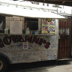 Photo taken at Giovanni's Shrimp Truck by Renata B. on 5/21/2013