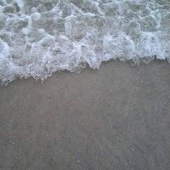 Photo taken at Pantai Kuta (Kuta Beach) by Nanda O. on 7/7/2013