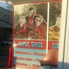 Photo taken at Maple Shade Custard Stand by kaysha w. on 4/6/2013