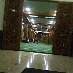 Photo taken at Masjid Agung AL-BARKAH Bekasi ® by NitaHasyim s. on 6/10/2013