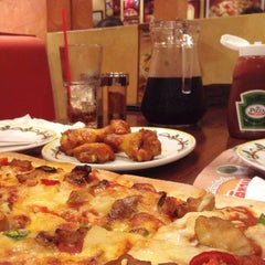 Photo taken at The Pizza Company by Sayny_ on 6/10/2015
