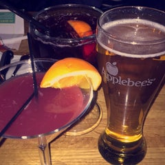 Photo taken at Applebee's by Raquel A. on 2/16/2015