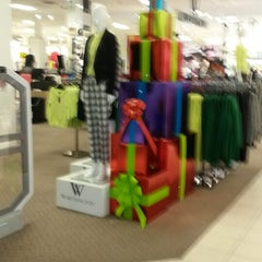 Photo taken at JCPenney by Dianne 💞 on 10/31/2013