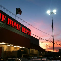 Photo taken at The Home Depot by Oscar L. on 3/23/2013