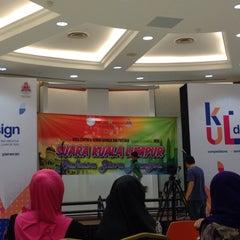 Photo taken at Perpustakaan Kuala Lumpur (Library) by alynn r. on 10/31/2015