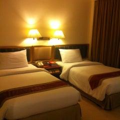 Photo taken at โรงแรมโฆษะ (Kosa Hotel) by Nongnotebmws5i C. on 11/4/2012