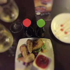 Photo taken at Bonsai Sushi by Florlyn A. on 1/24/2015
