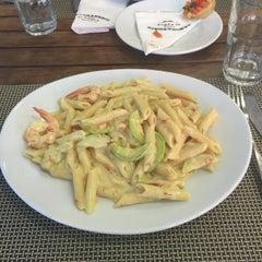 Photo taken at Laboratorio Di Pasta by Balkis R. on 6/16/2015