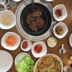 Photo taken at Seoul Garden by Regine A. on 7/23/2015