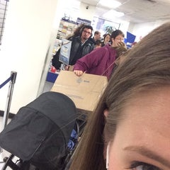 Photo taken at US Post Office by Sarah P. on 12/30/2013