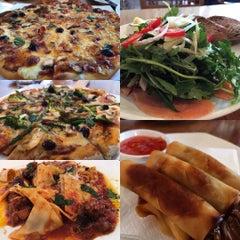 Photo taken at 葡萄院儿 Vineyard Cafe by Mimosa G. on 9/2/2015