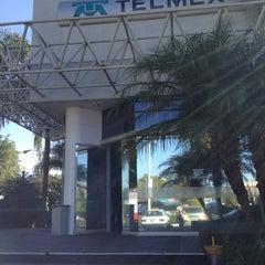 Photo taken at Tienda TELMEX by Paulina T. on 1/10/2013