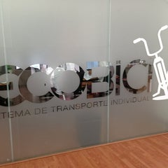 Photo taken at Ecobici 85 by Cuauhtémoc R. on 6/25/2013