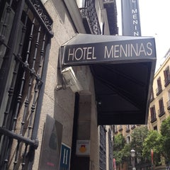 Photo taken at Hotel Meninas by Pedro A. on 5/27/2014