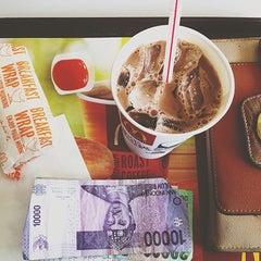 Photo taken at McDonald's by Lantika P. on 5/25/2015
