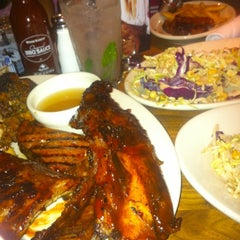 Photo taken at Wood Ranch BBQ & Grill by Eric B. on 11/5/2012