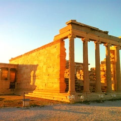 Photo taken at Ακρόπολη Αθηνών (Acropolis of Athens) by Dániel F. on 11/10/2012