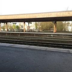Photo taken at Leamington Spa Railway Station (LMS) by Diane W. on 1/22/2014